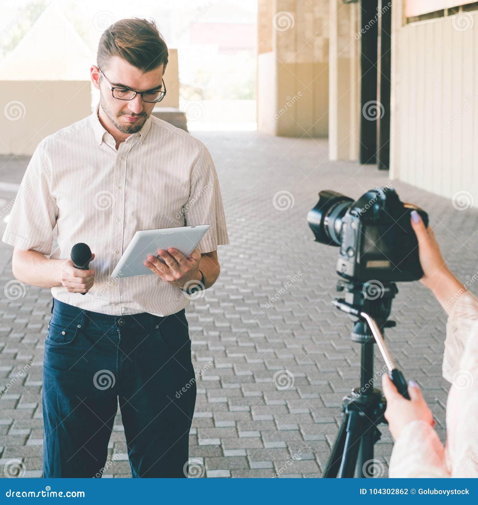 现场报道员新闻新闻事业大众传播媒体电视