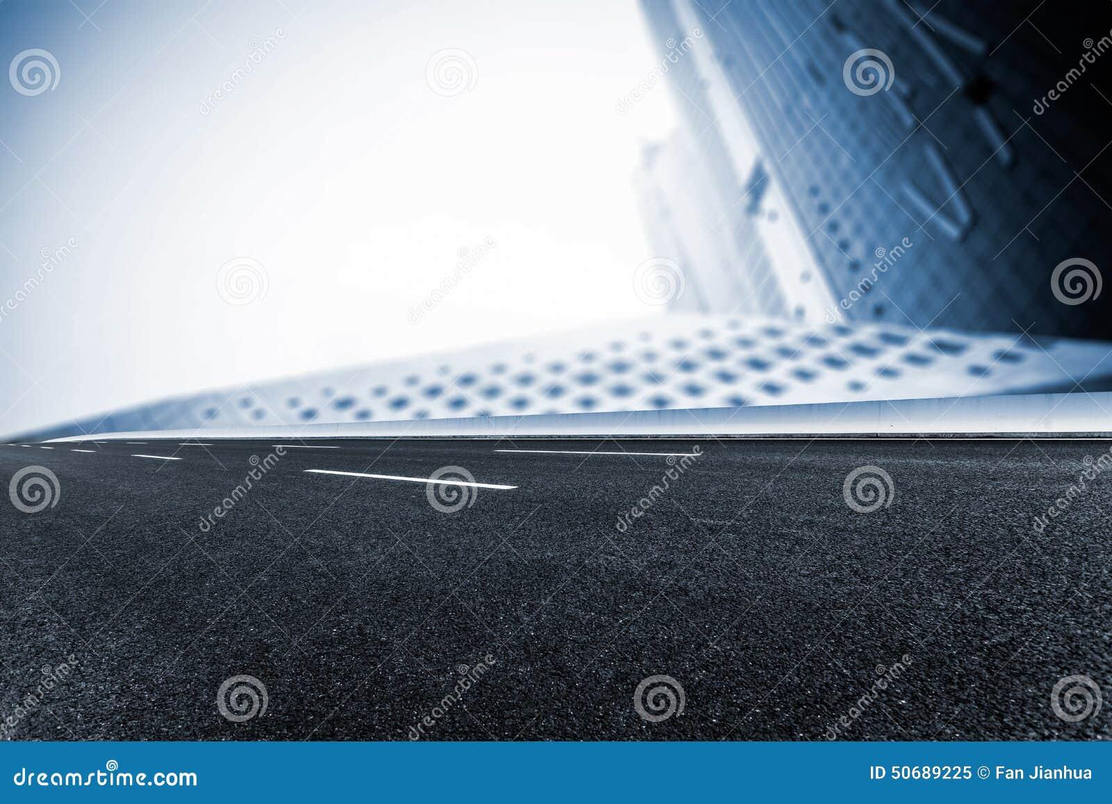 Download 现代化城市道路的背景 库存图片. 图片 包括有 的treadled, 标号, 迅速, 业务量, 符号, 堵塞 - 50689225