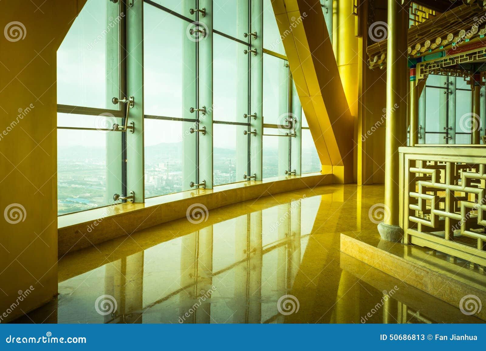 Download 现代大厦的内部结构 库存图片. 图片 包括有 豪华, 的treadled, 平衡, 室内, 来回, 办公室 - 50686813