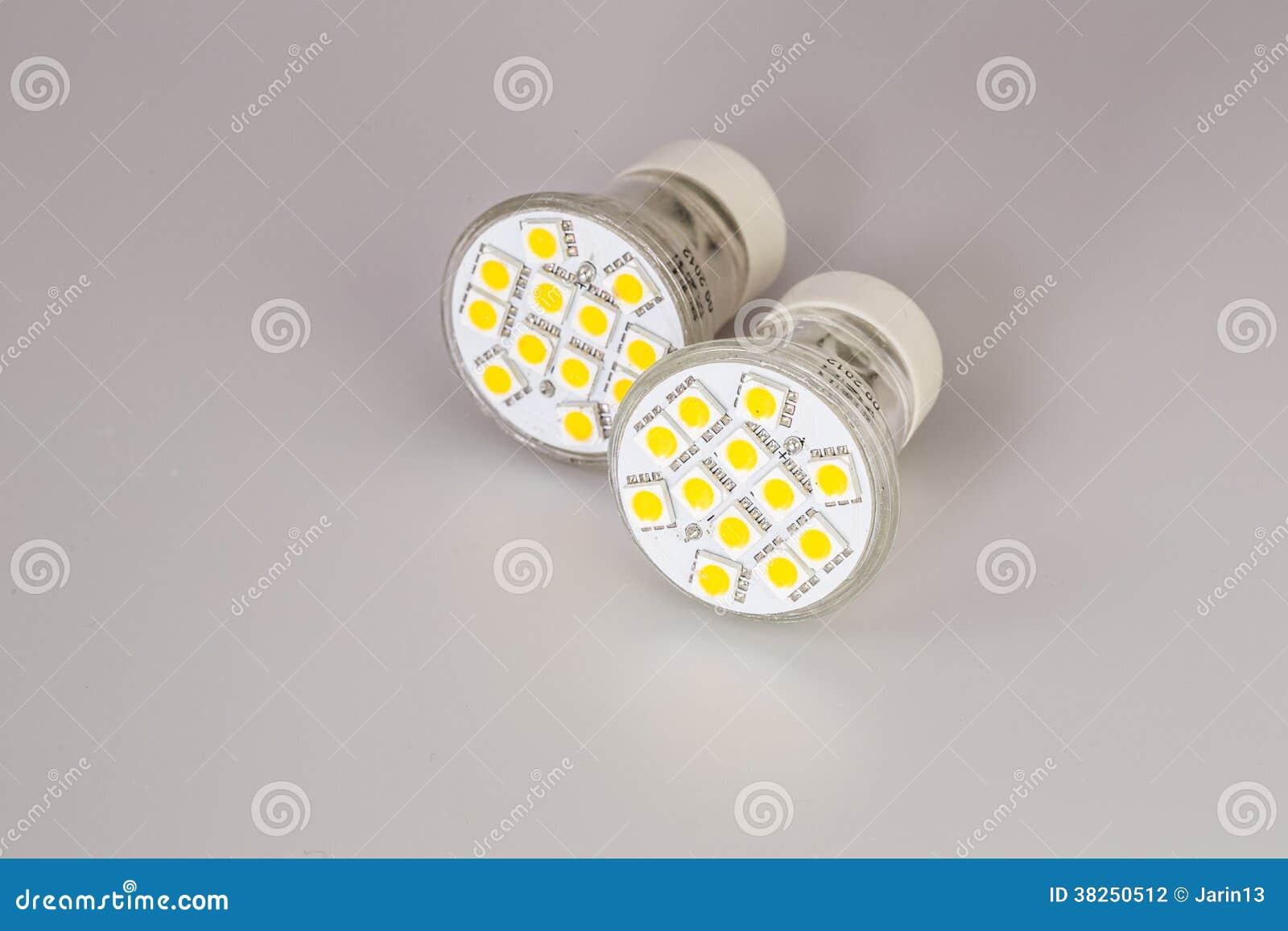 现代LED电灯泡