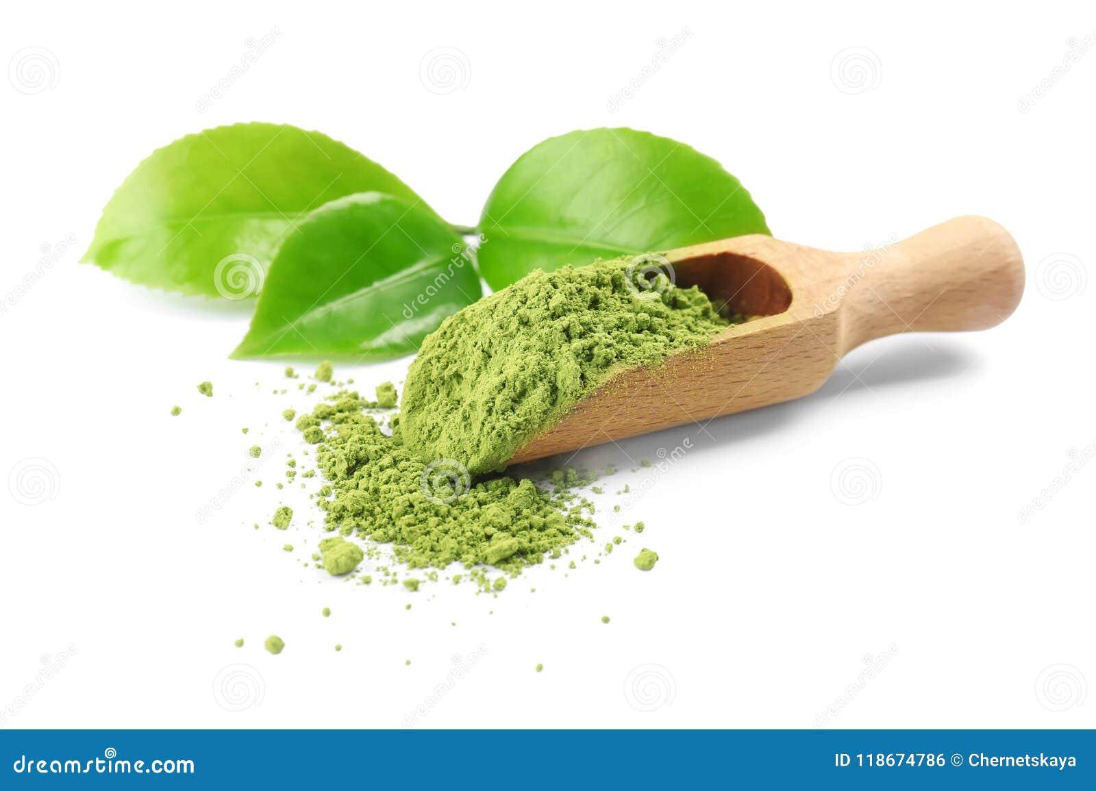 瓢用matcha茶和绿色在白色背景离开