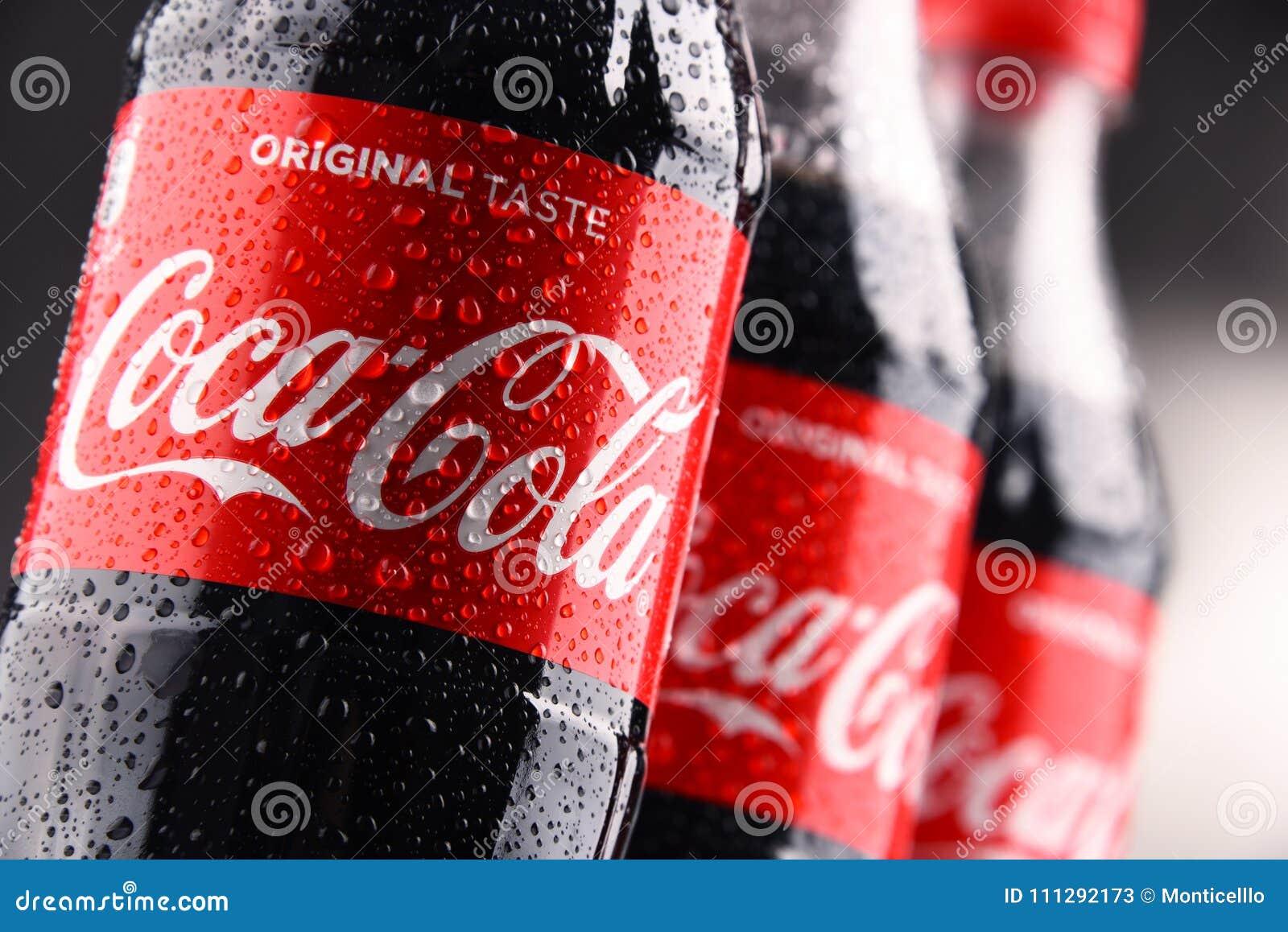 瓶碳酸化合的软饮料可口可乐