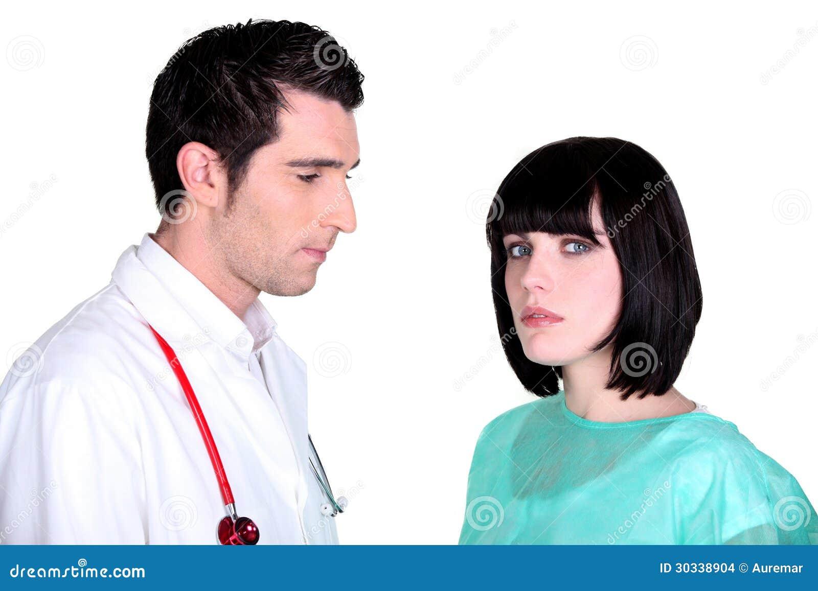 医生和护士摆在