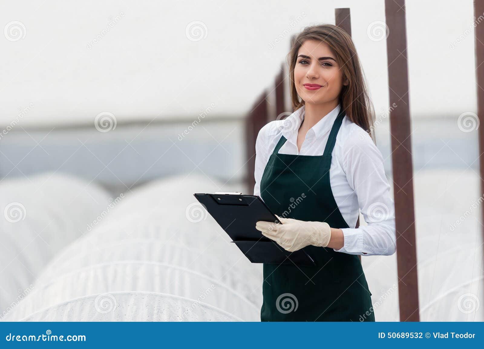 Download 生物食物生产 库存照片. 图片 包括有 评定, 衣裳, 化学家, 生物, 切片检查法, 女性, 工程, 沾染 - 50689532