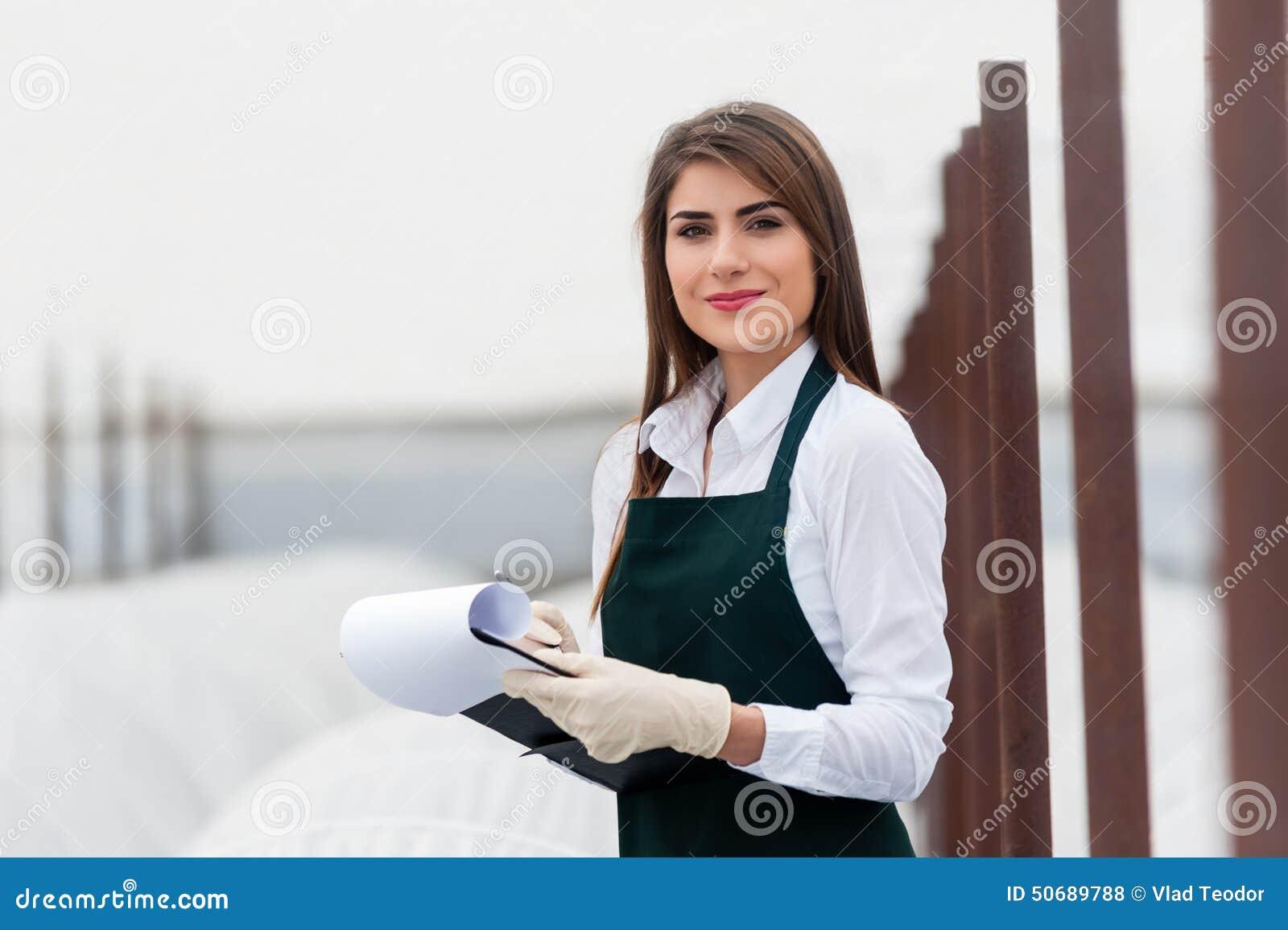 Download 生物食物生产 库存照片. 图片 包括有 生物, 碱性, 穿戴, 剪贴板, 医疗, 女性, ,并且, 衣裳 - 50689788
