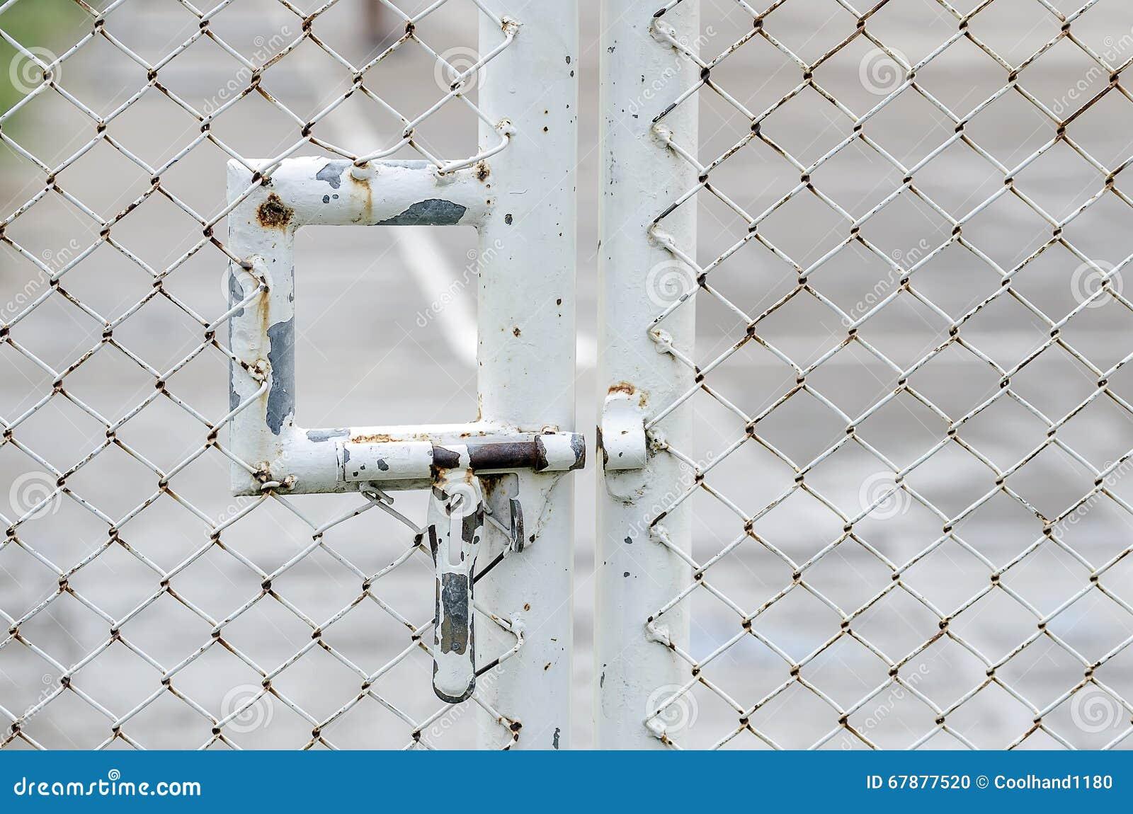 生锈的金属螺栓
