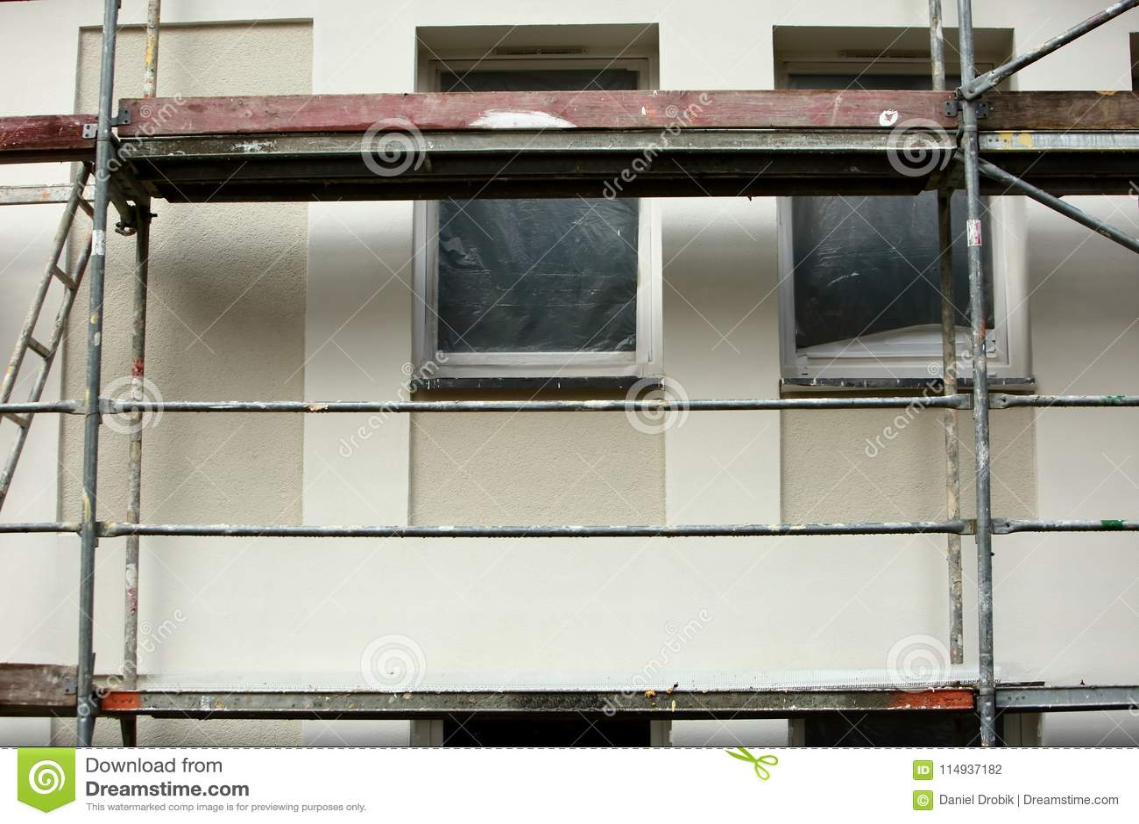 用于façade改造工程的钢脚手架