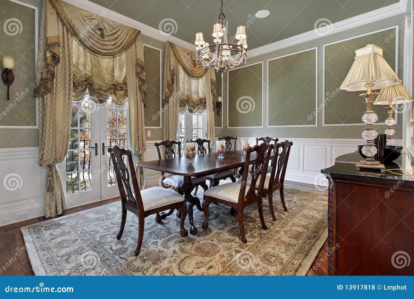 用餐门法语空间