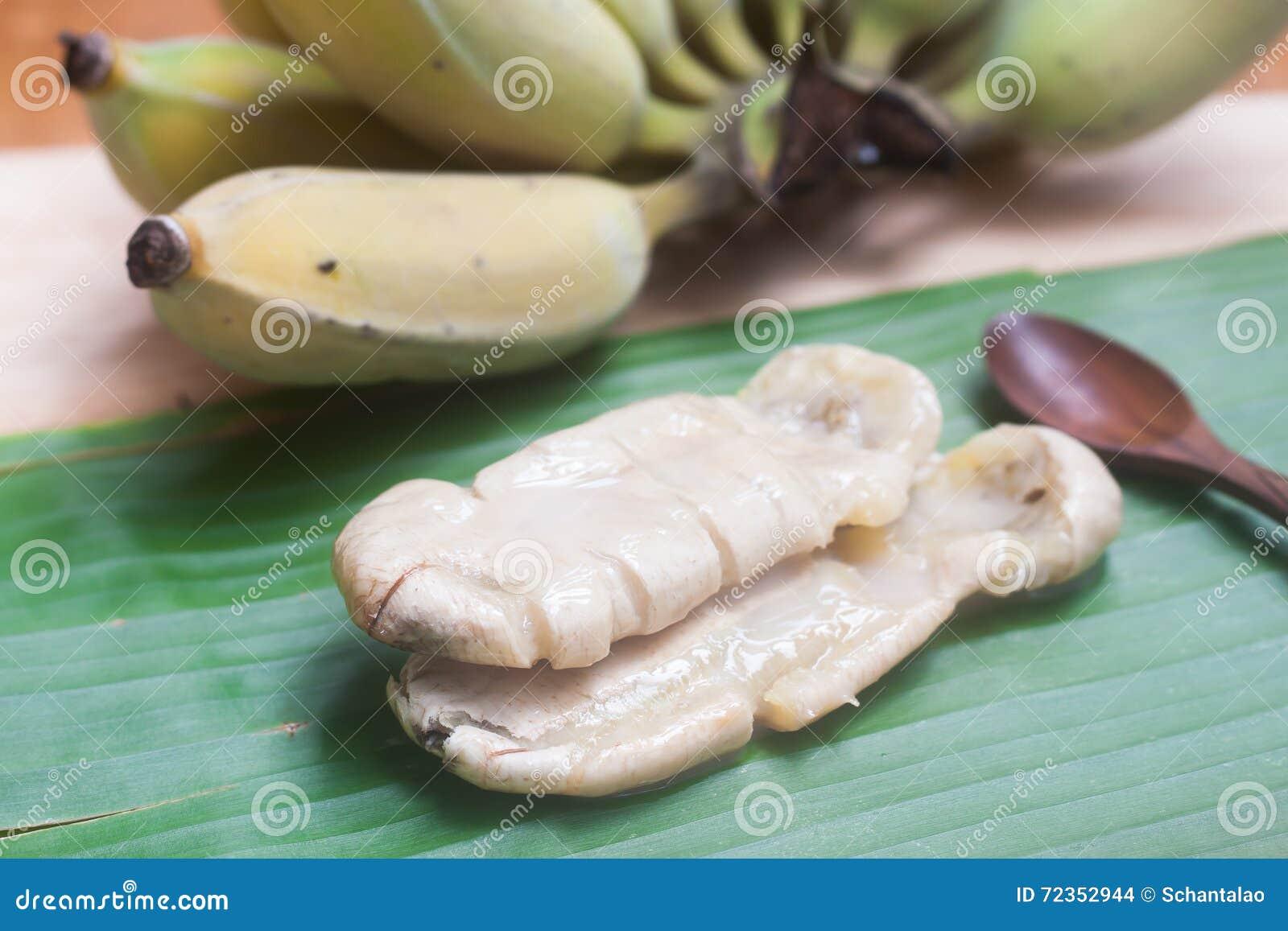 由香蕉做的泰国传统甜点