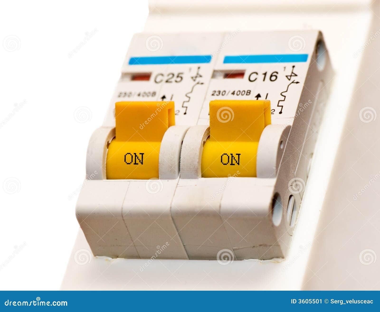 电切换触发器