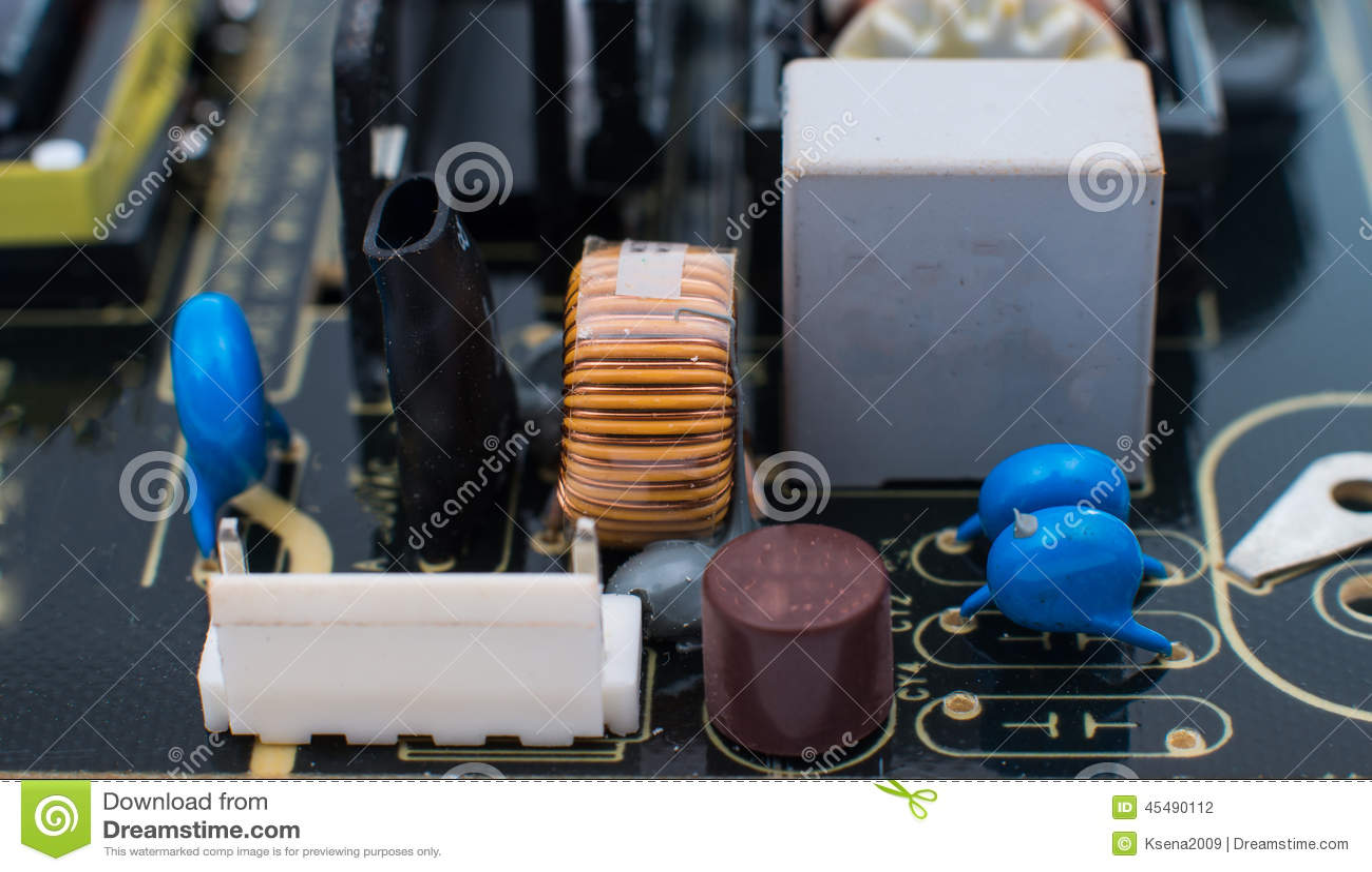 电子董事会的电路