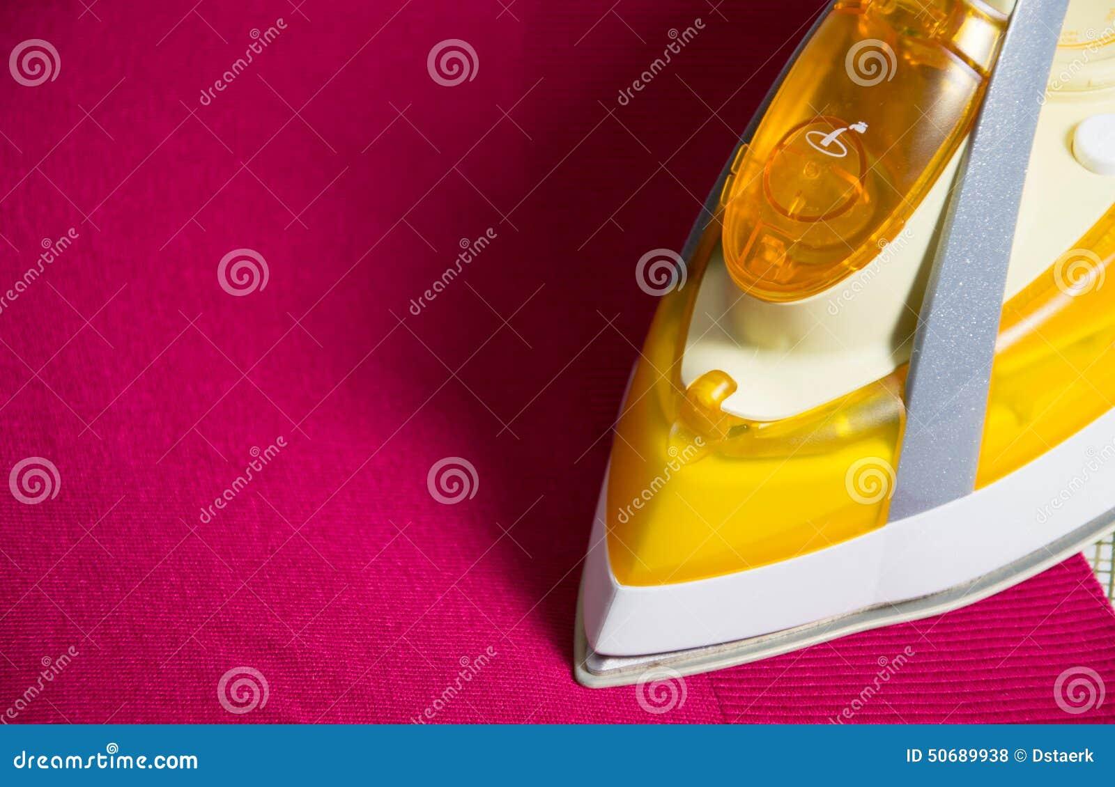 Download 电烙 库存照片. 图片 包括有 照亮, 家事, 工作, 干净, 材料, 棉花, 现代, 房子, 布料, 五颜六色 - 50689938