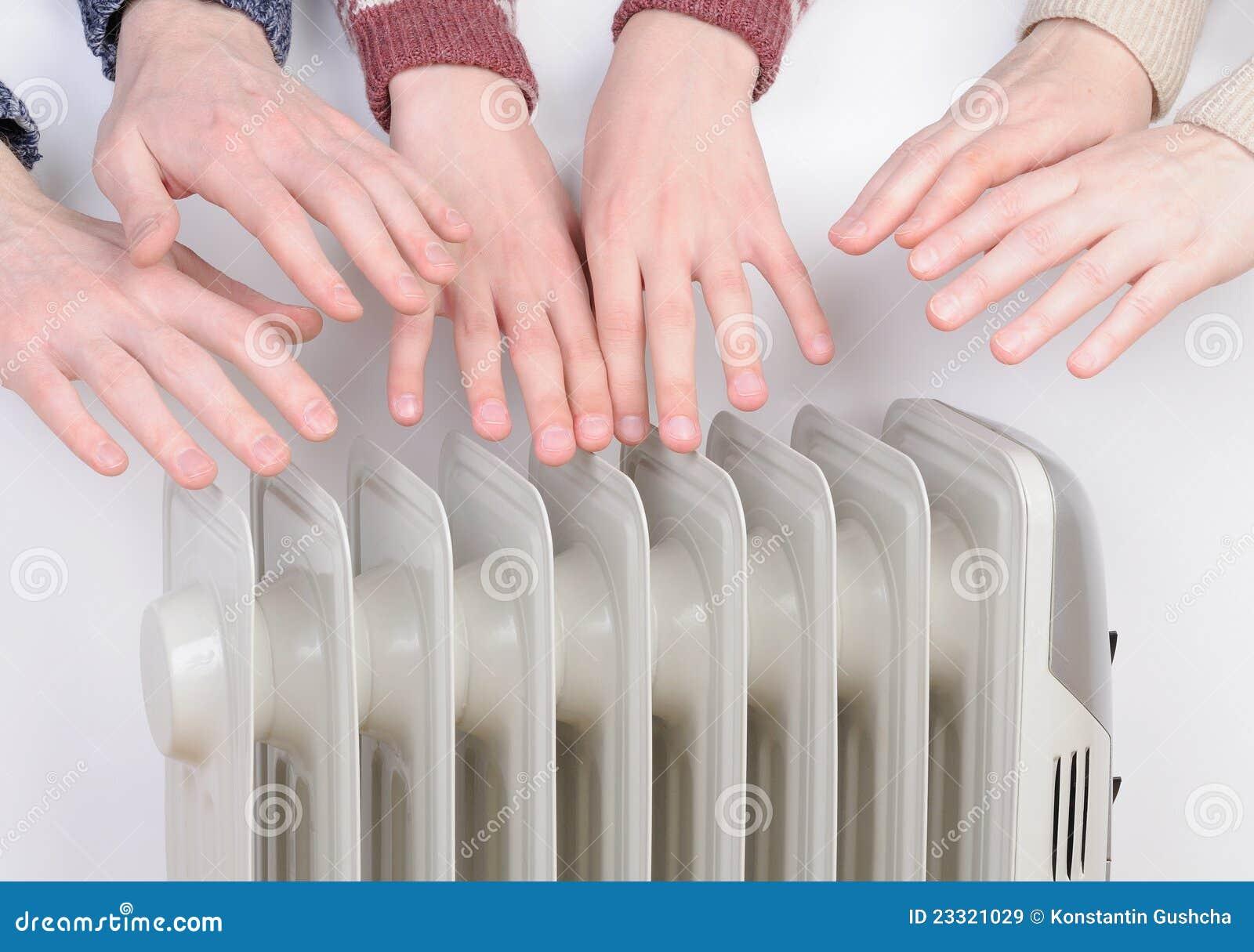 电系列递在温暖的加热器