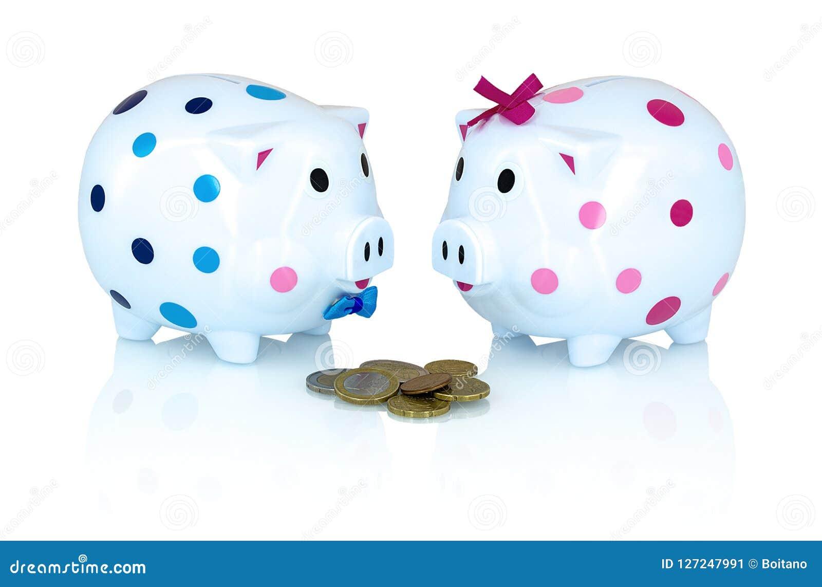 男孩和女孩存钱罐为在与阴影反射的白色背景存与欧洲硬币的金钱
