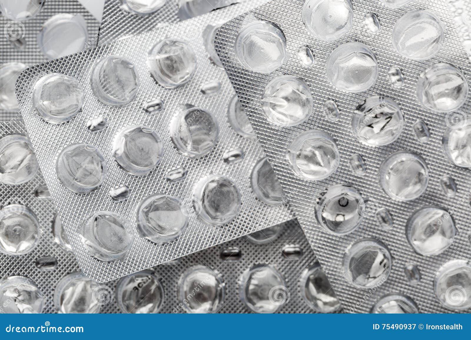 治疗在家 使用和倒空药片天线罩包装