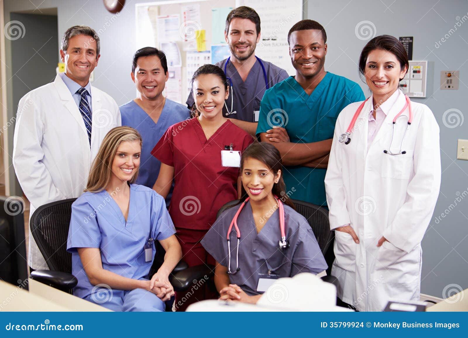 医疗队画象在护士驻地的