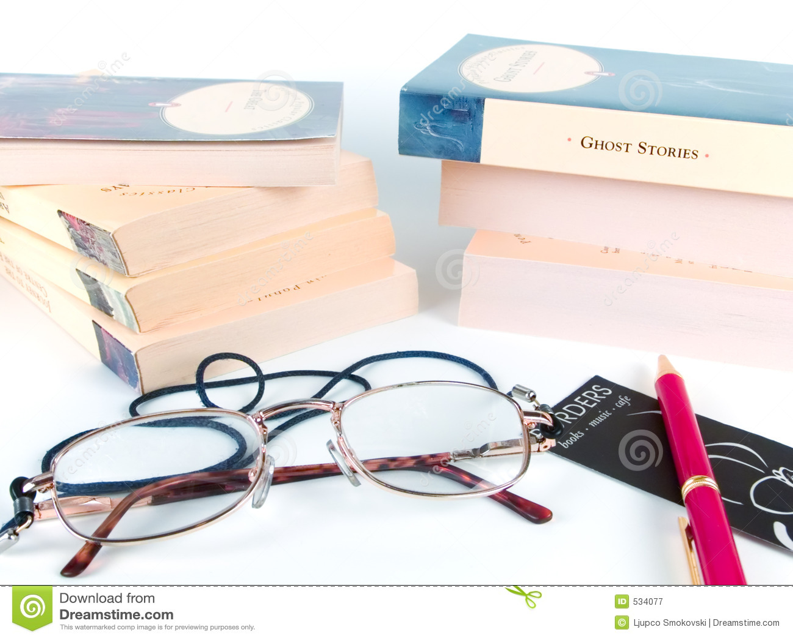 Download 登记玻璃笔 库存图片. 图片 包括有 英语, 词典, 历史记录, 语言, 框架, 折叠, 钉书匠, 放大, 镜片 - 534077