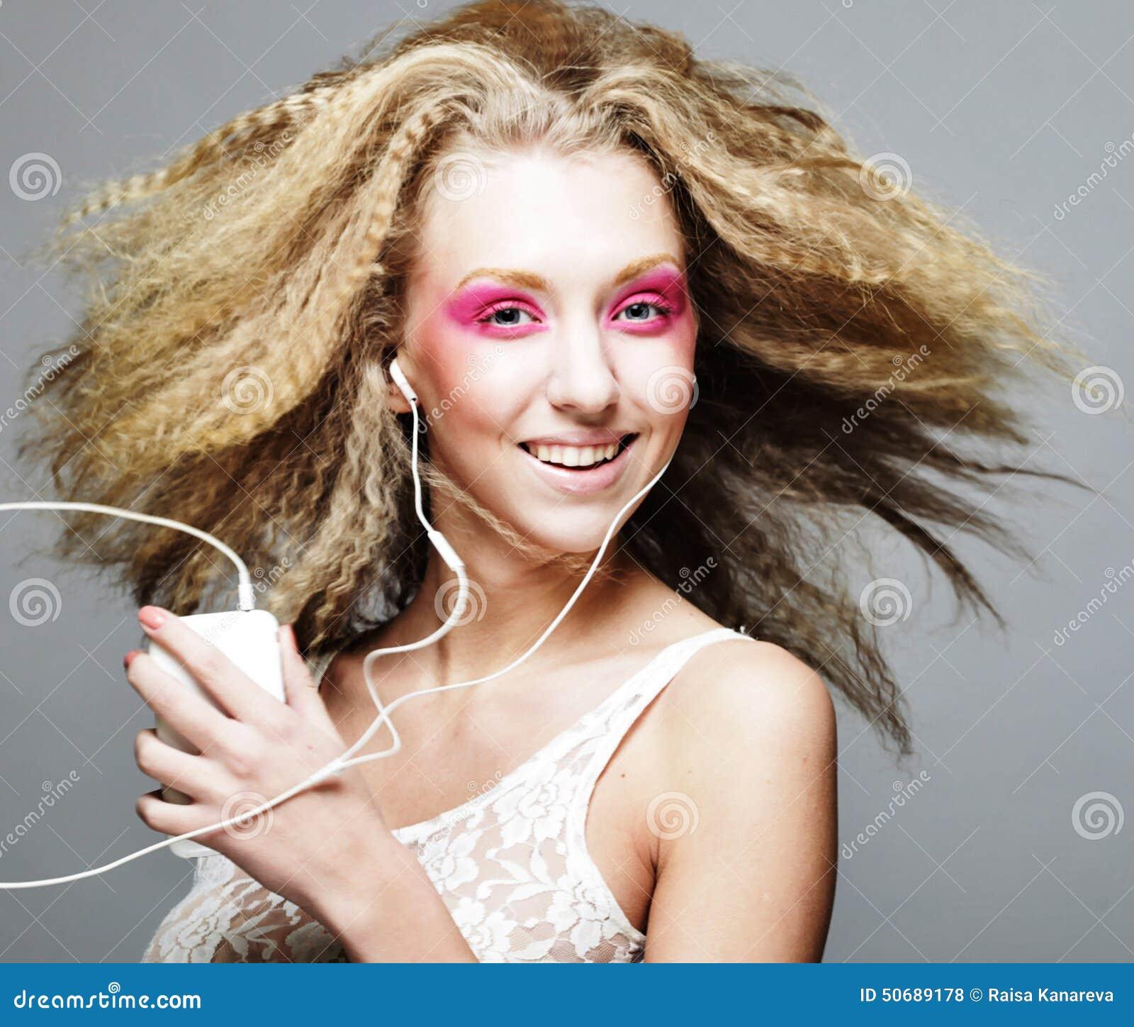 Download 白肤金发做桃红色 库存照片. 图片 包括有 艺术, 表面, 健康, 女孩, 人员, 纵向, 头发, 关闭 - 50689178