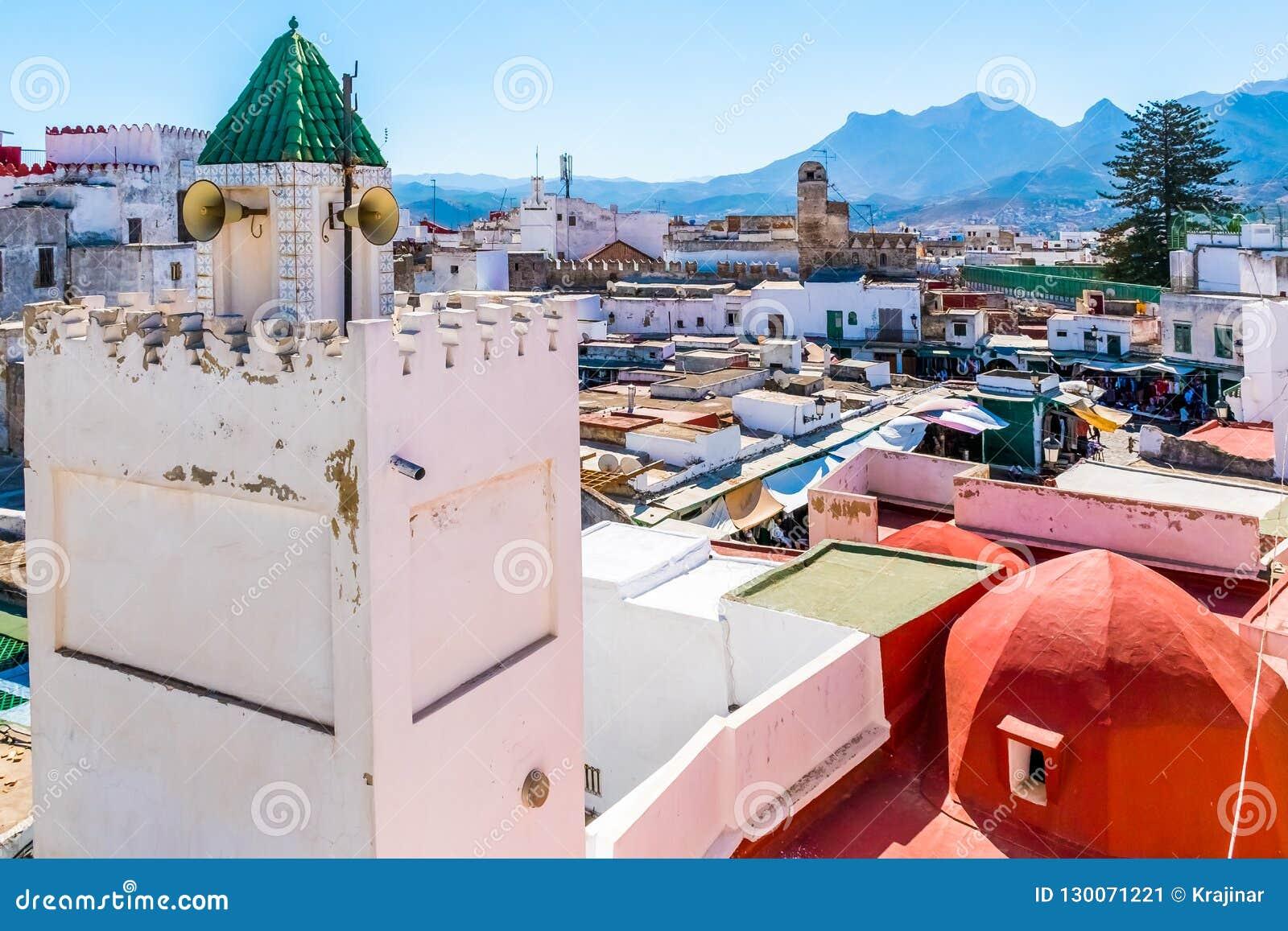 白色麦地那o美丽的景色得土安市,摩洛哥,非洲
