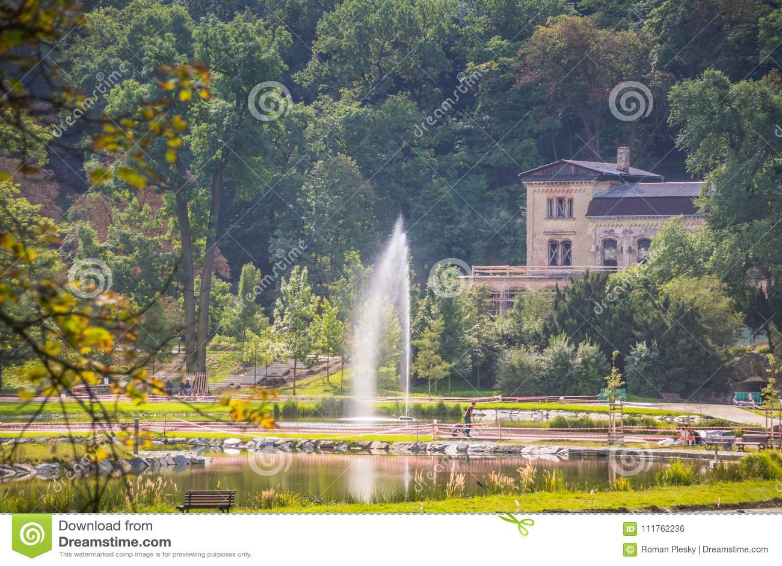 皇家公园Stromovka Krà ¡ lovskà ¡ Obora Stromovka在布拉格,捷克