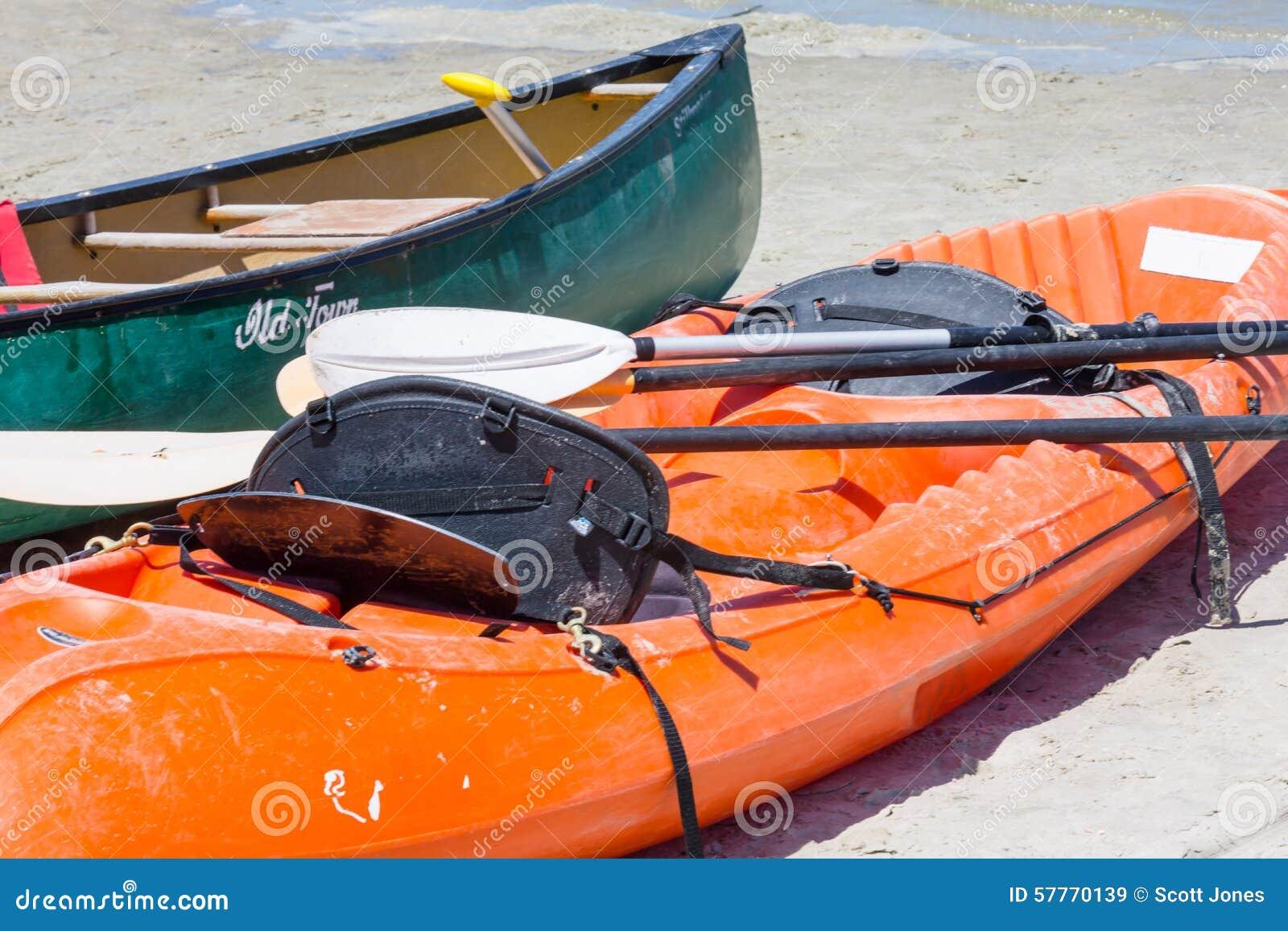 皮船和独木舟