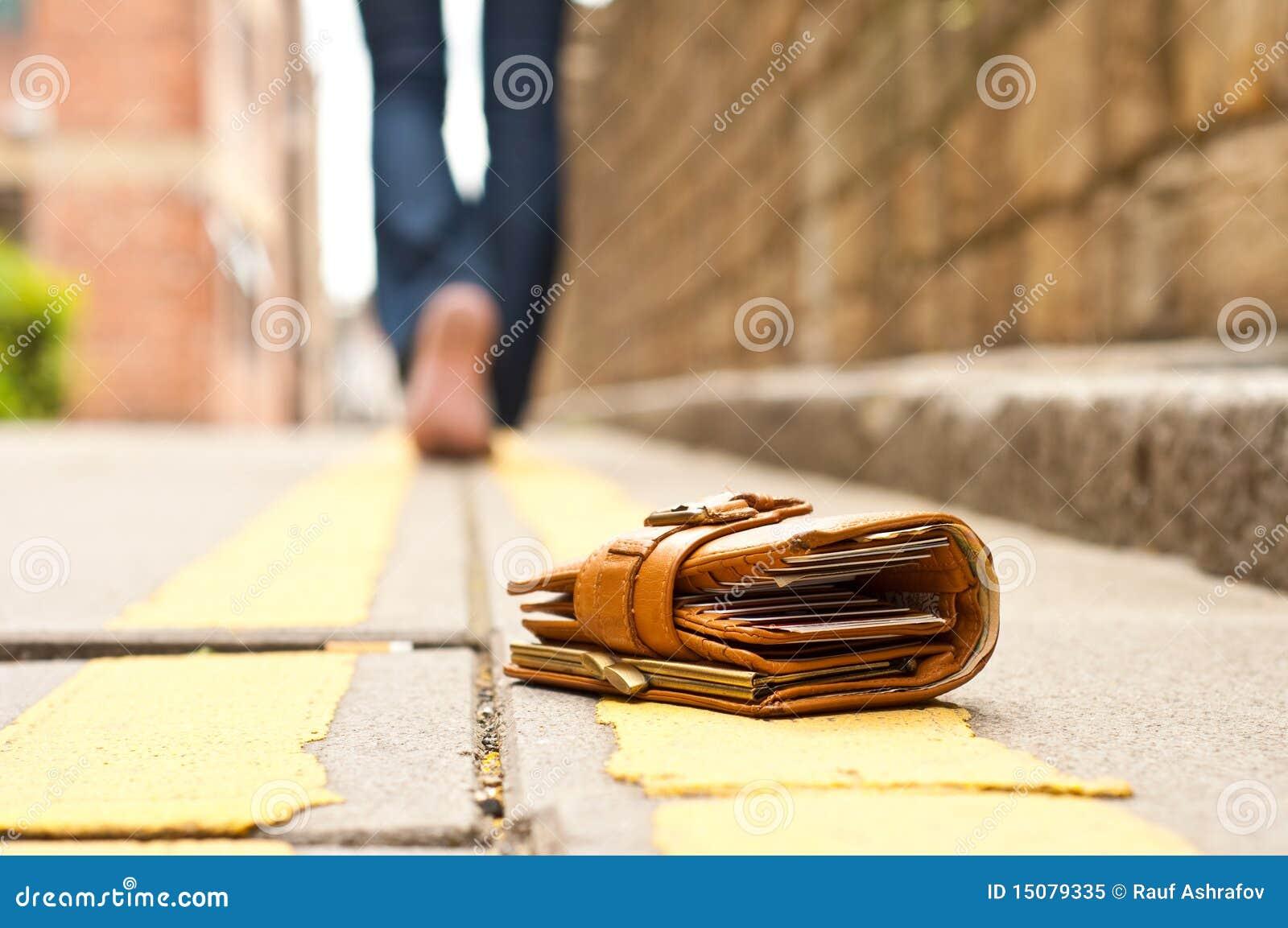 皮革失去的钱包钱包