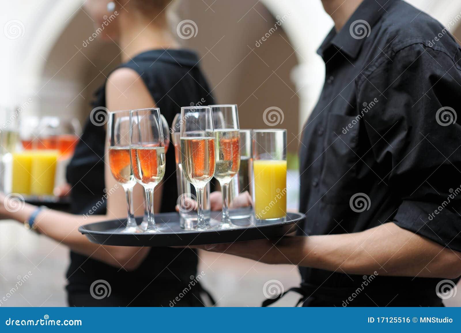 盘玻璃汁液等候人员酒