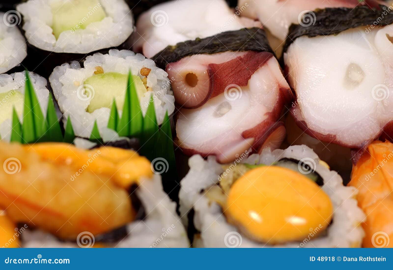 盛肉盘寿司