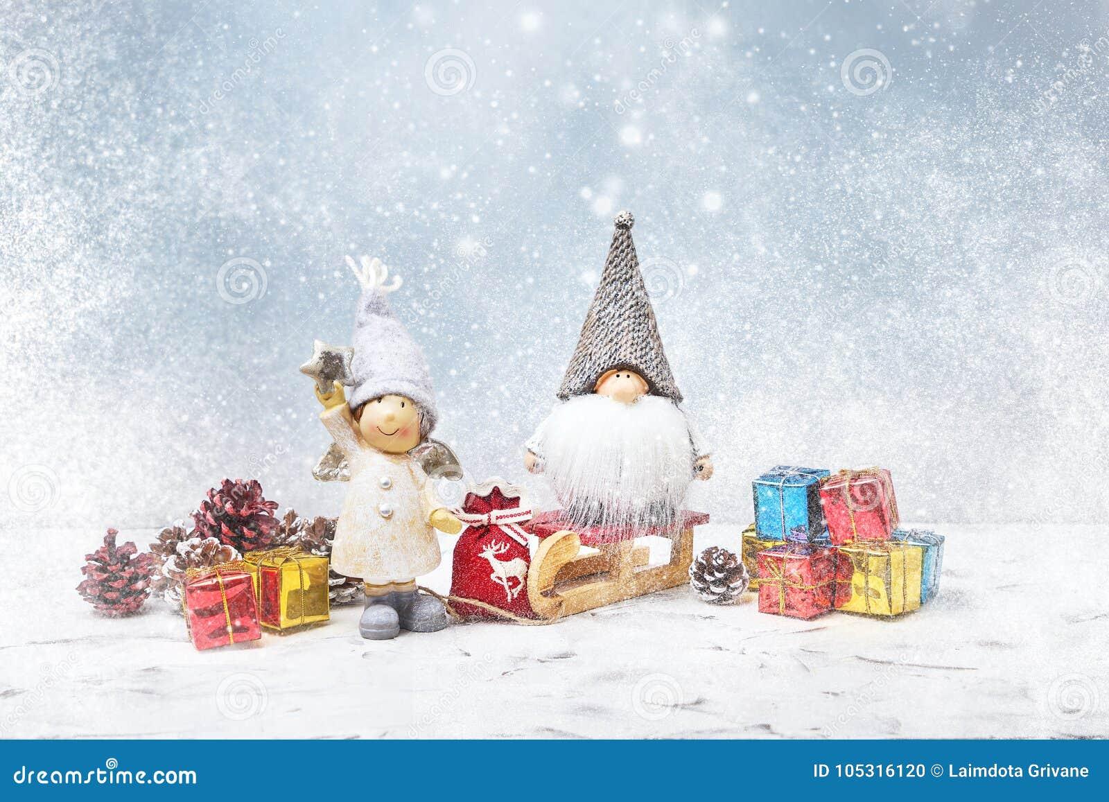 看板卡圣诞节问候 Noel地精,小礼物,雪纹理