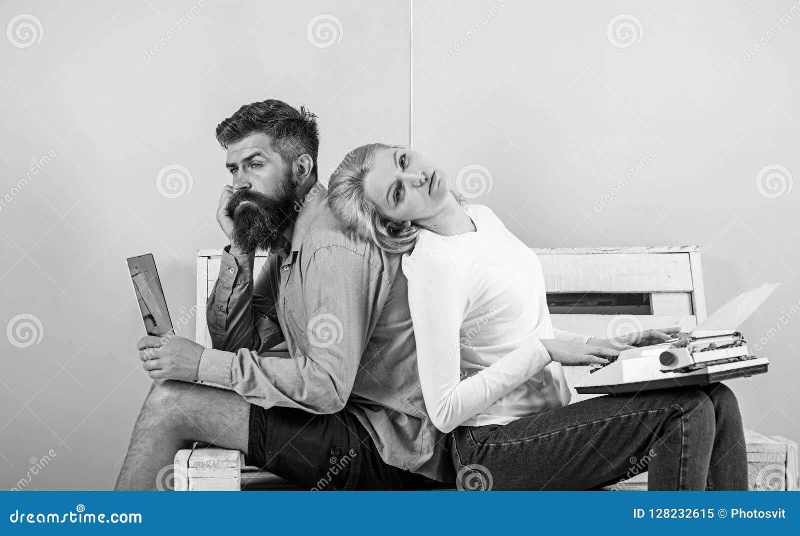 真实的作者地道设备 同事另外工作方法 夫妇作家用途不同的小配件写书 人