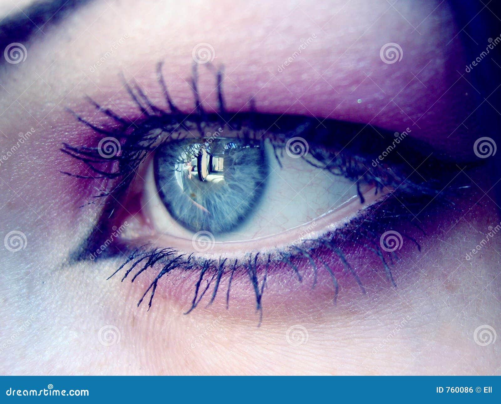 眼睛紫罗兰