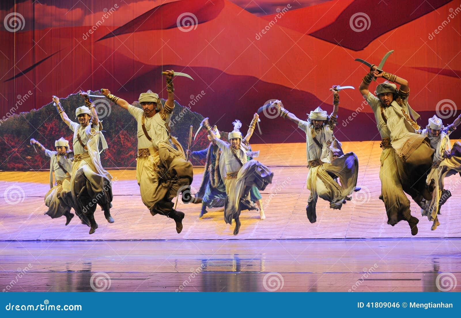 短弯刀舞蹈惠山在贺兰的芭蕾月亮