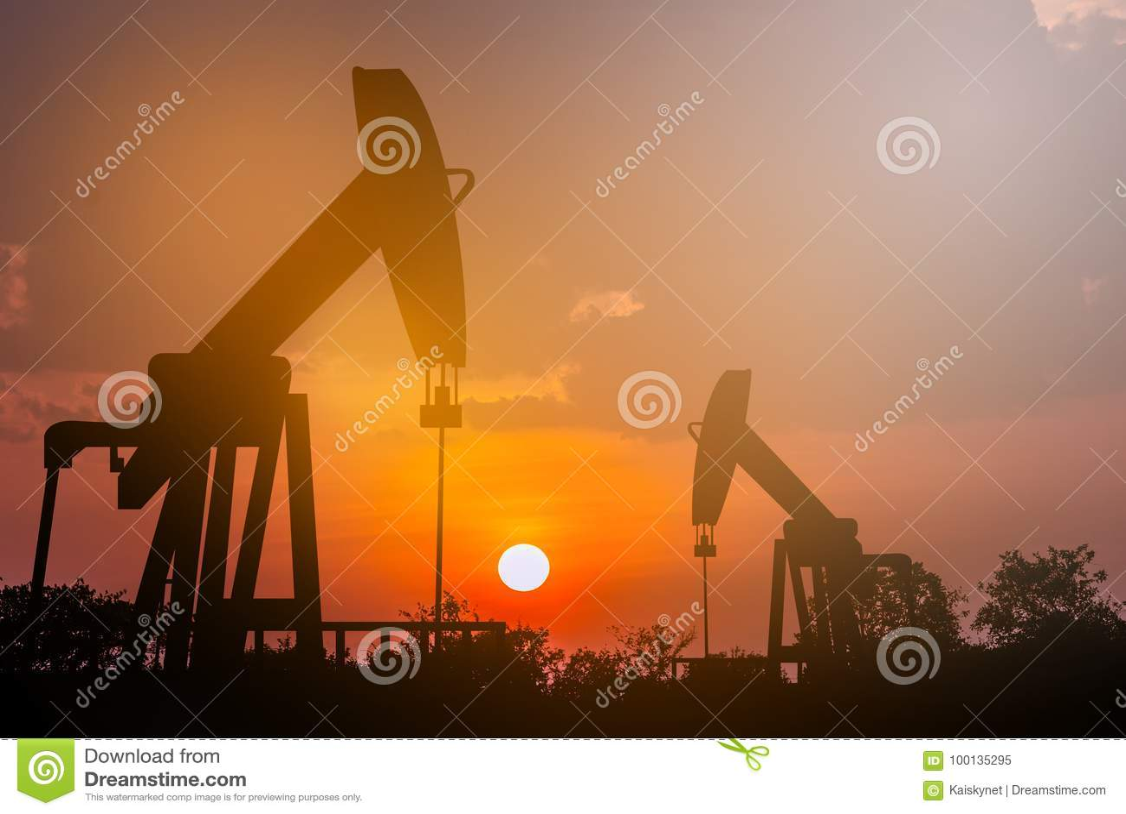 石油的油泵抽油装置能量工业机器在