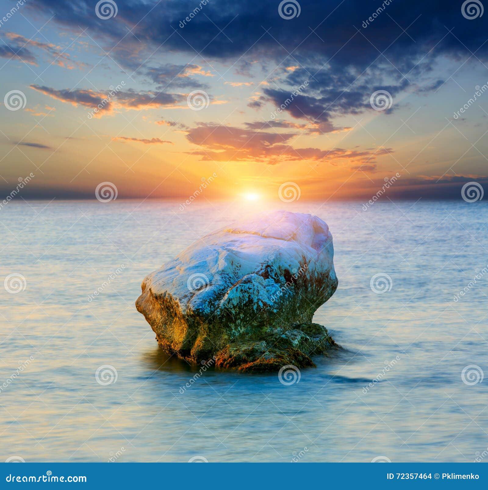 石头在海运