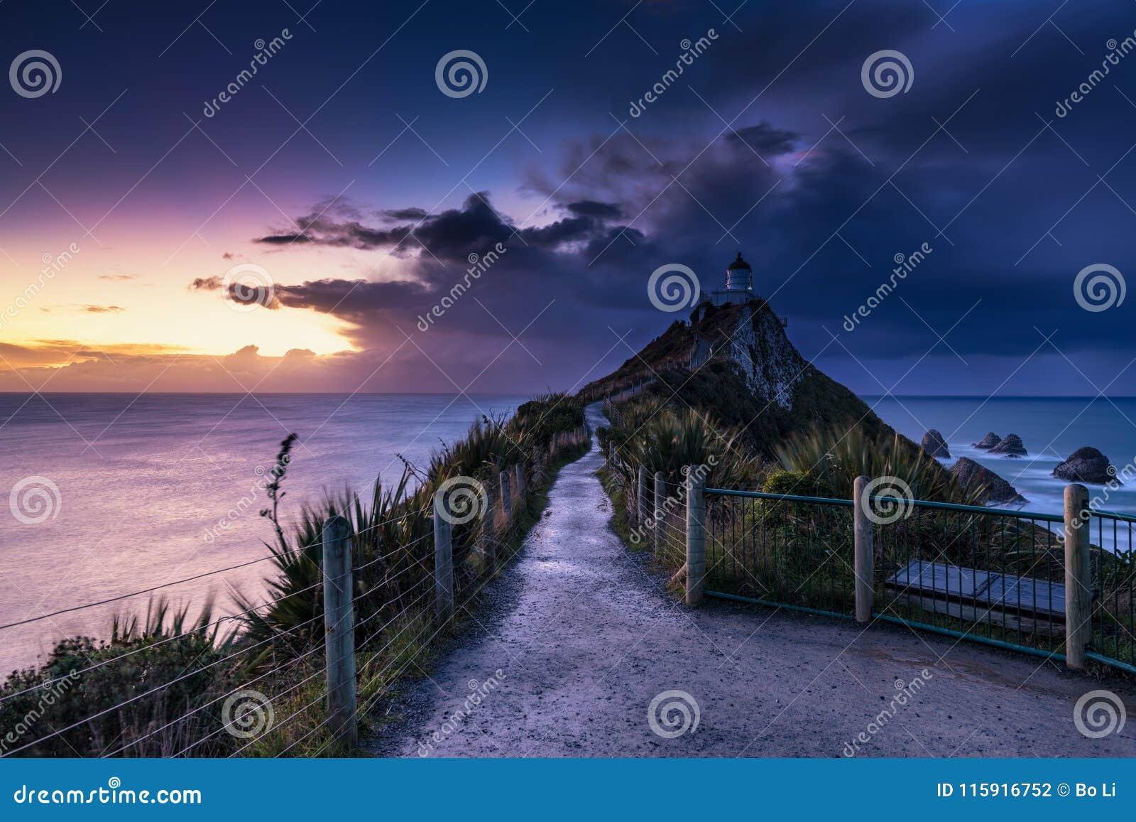 矿块点灯塔日出,新西兰