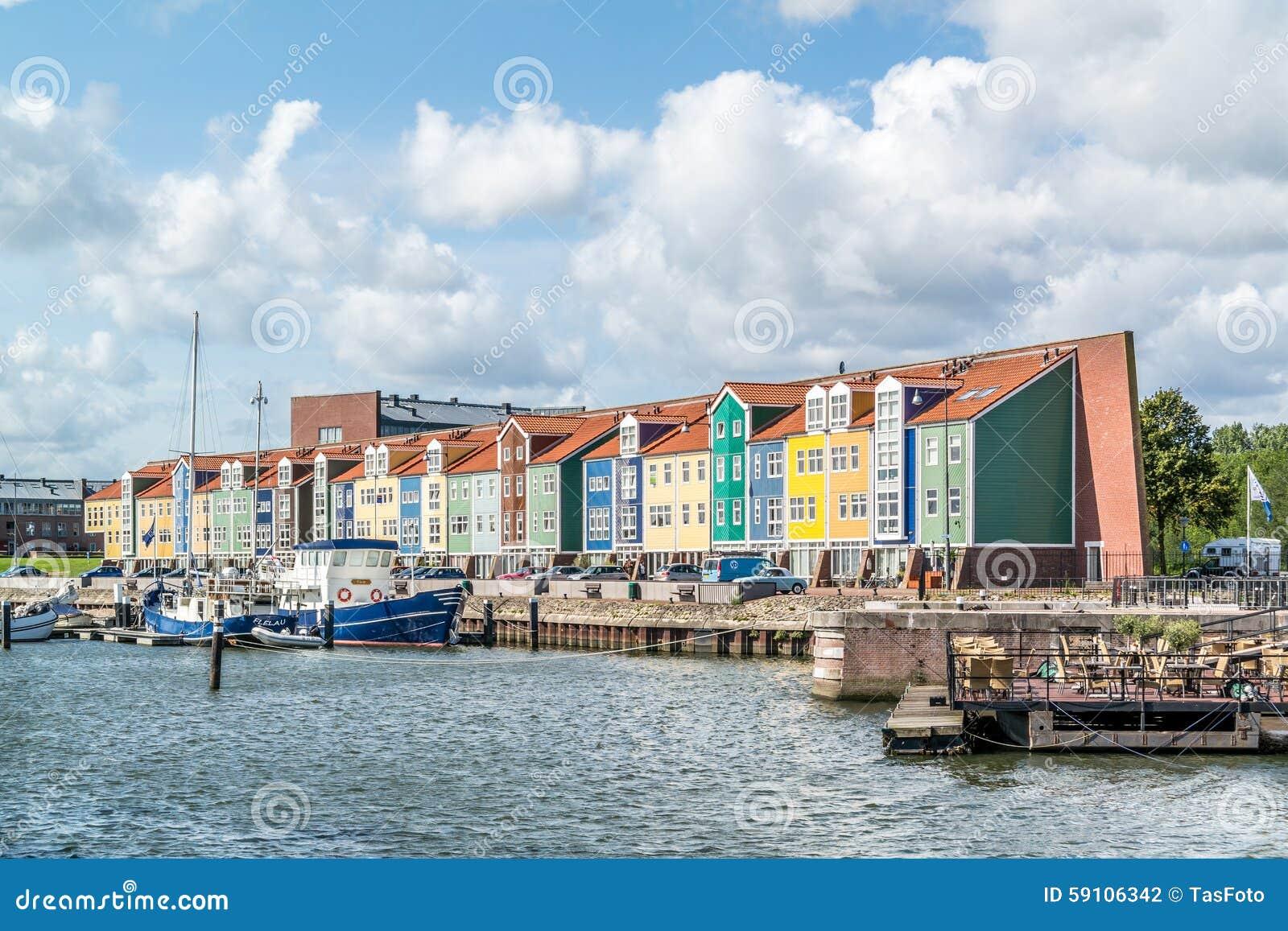 码头房子在赫勒富茨劳斯,荷兰