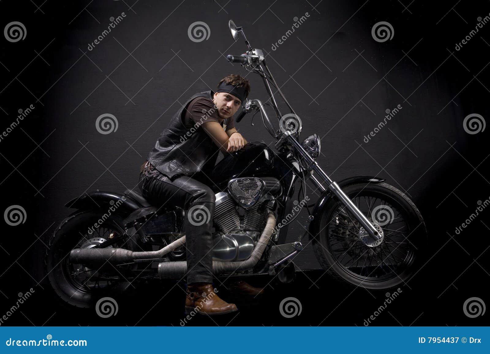 砍刀摩托车车手