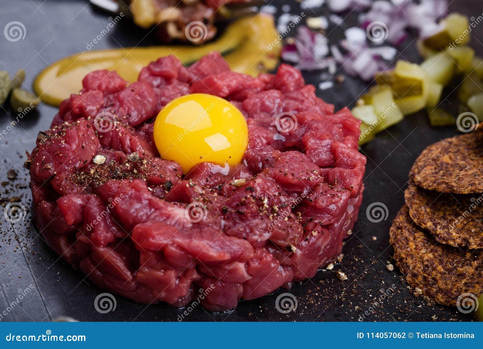 碎牛肉洋葱鸡蛋混合菜,食家纤巧生肉起始者