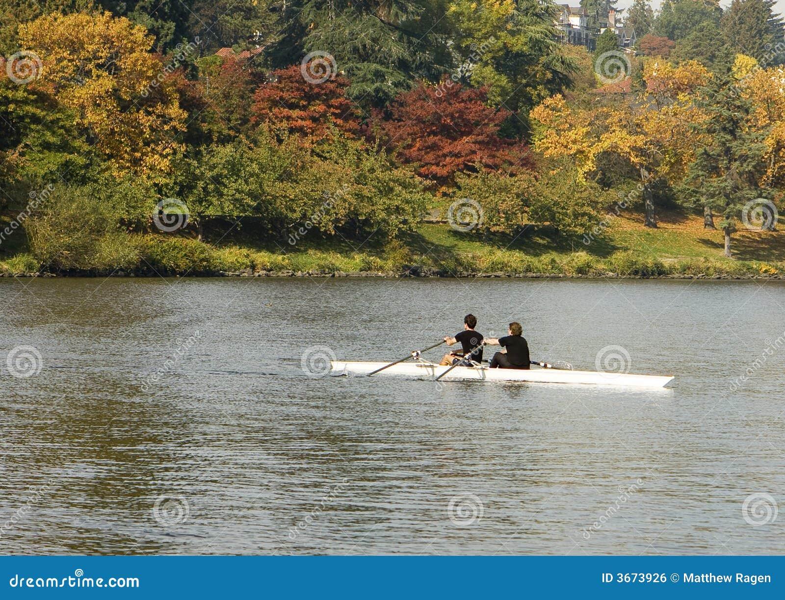 秋天对划船
