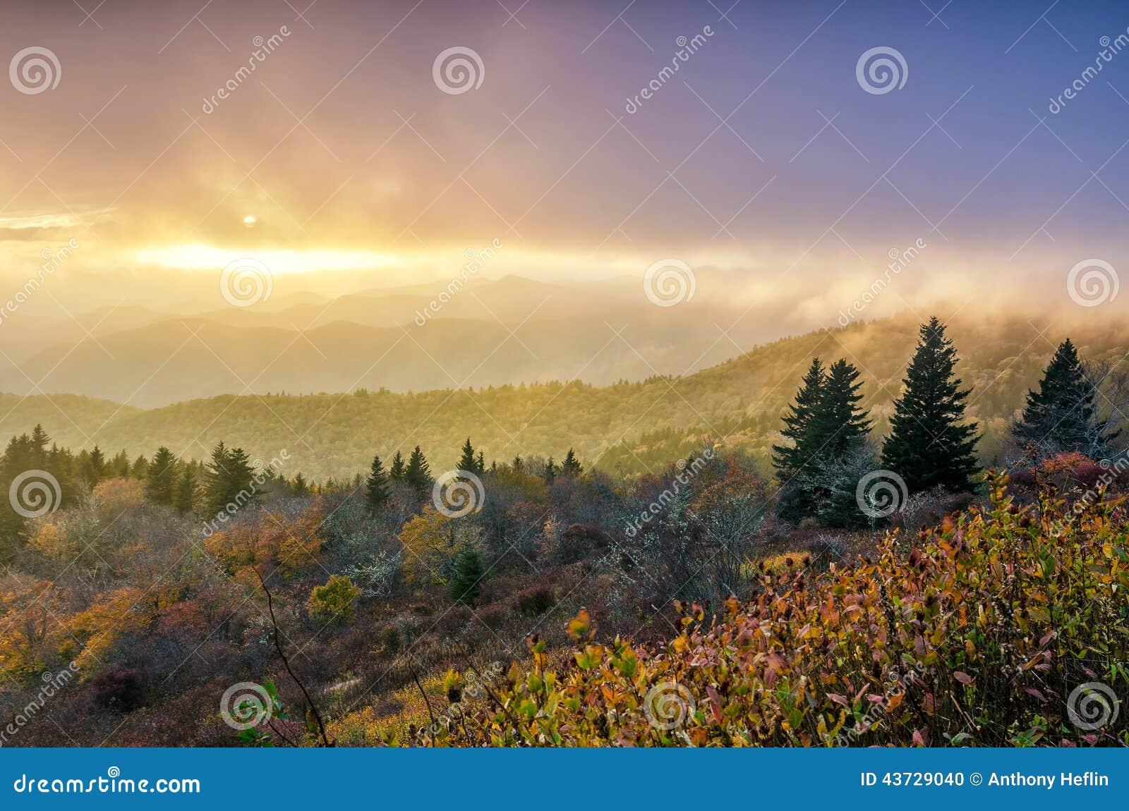 秋天日落, Cowee山,蓝岭山行车通道
