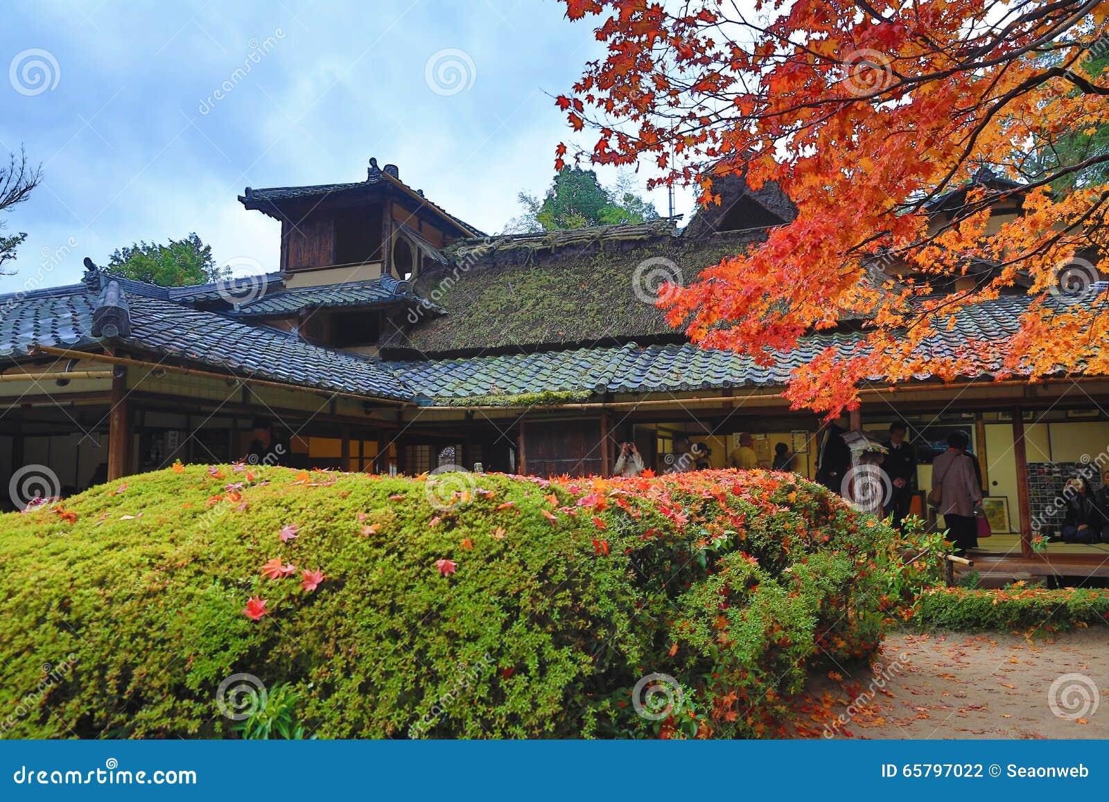秋季Shisen寺庙