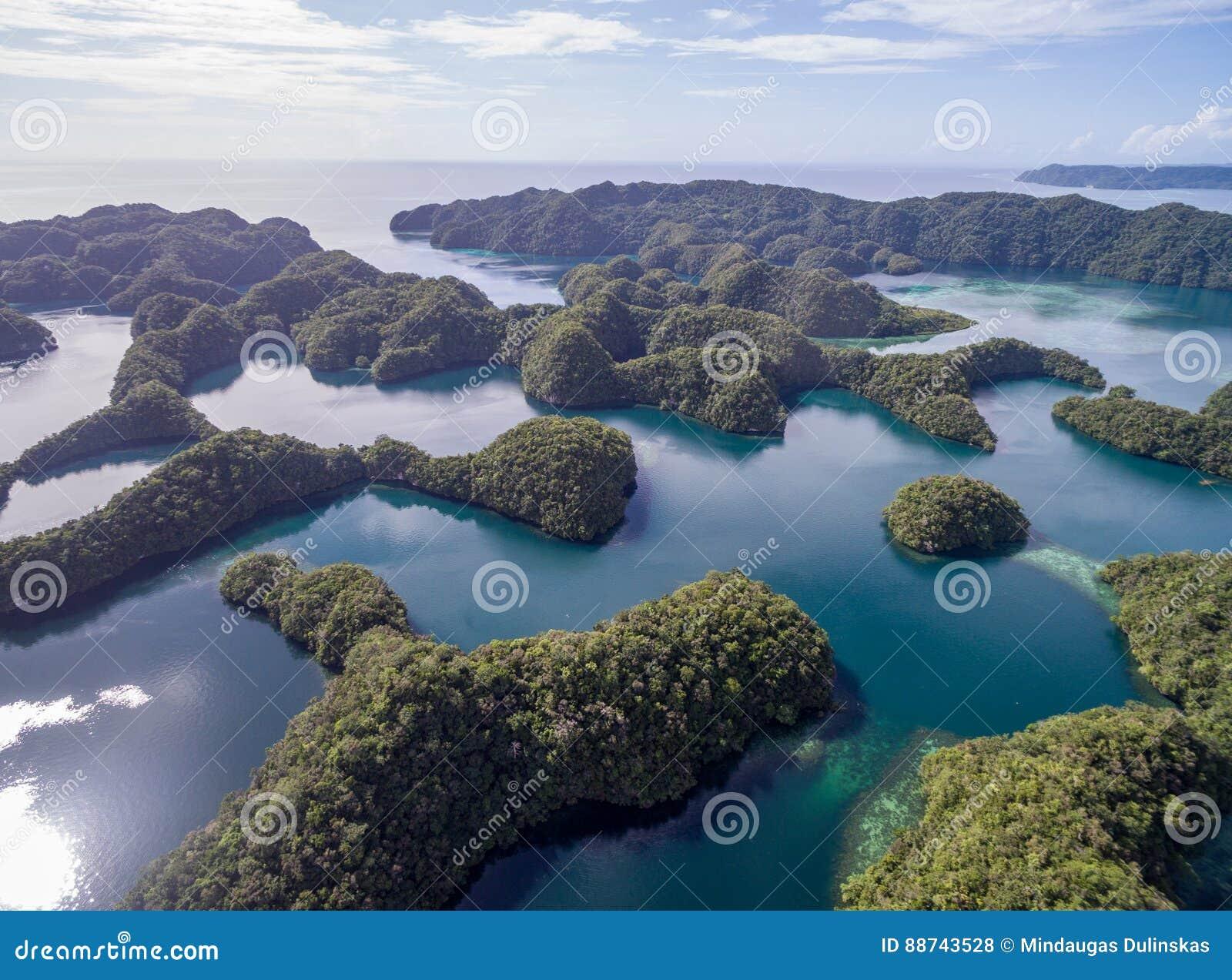 科罗尔海岛在帕劳 群岛,一部分的密克罗尼西亚地区