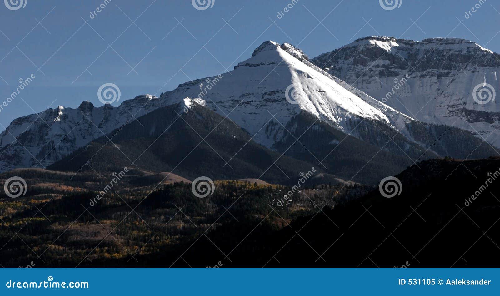 Download 科罗拉多 库存图片. 图片 包括有 日落, 罗基斯, 高涨, 滑雪, 横向, 通过, 修改, beautifuler - 531105