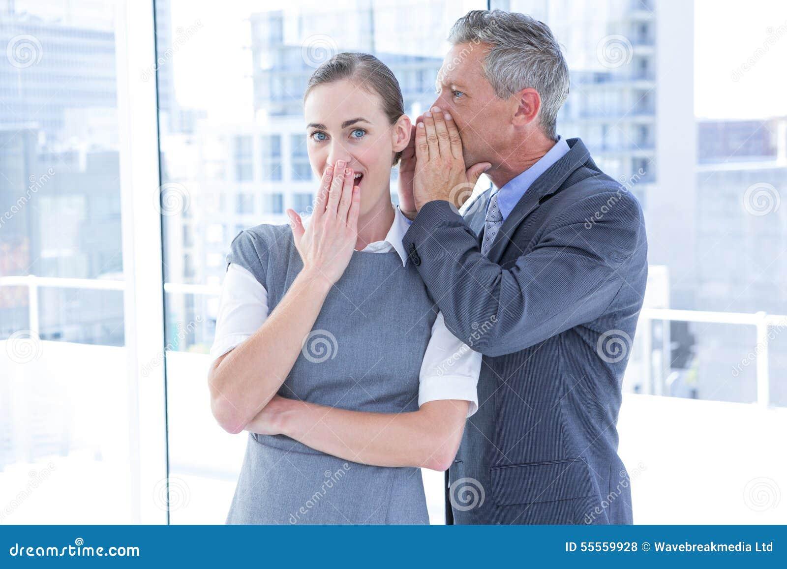 秘密企业同事耳语