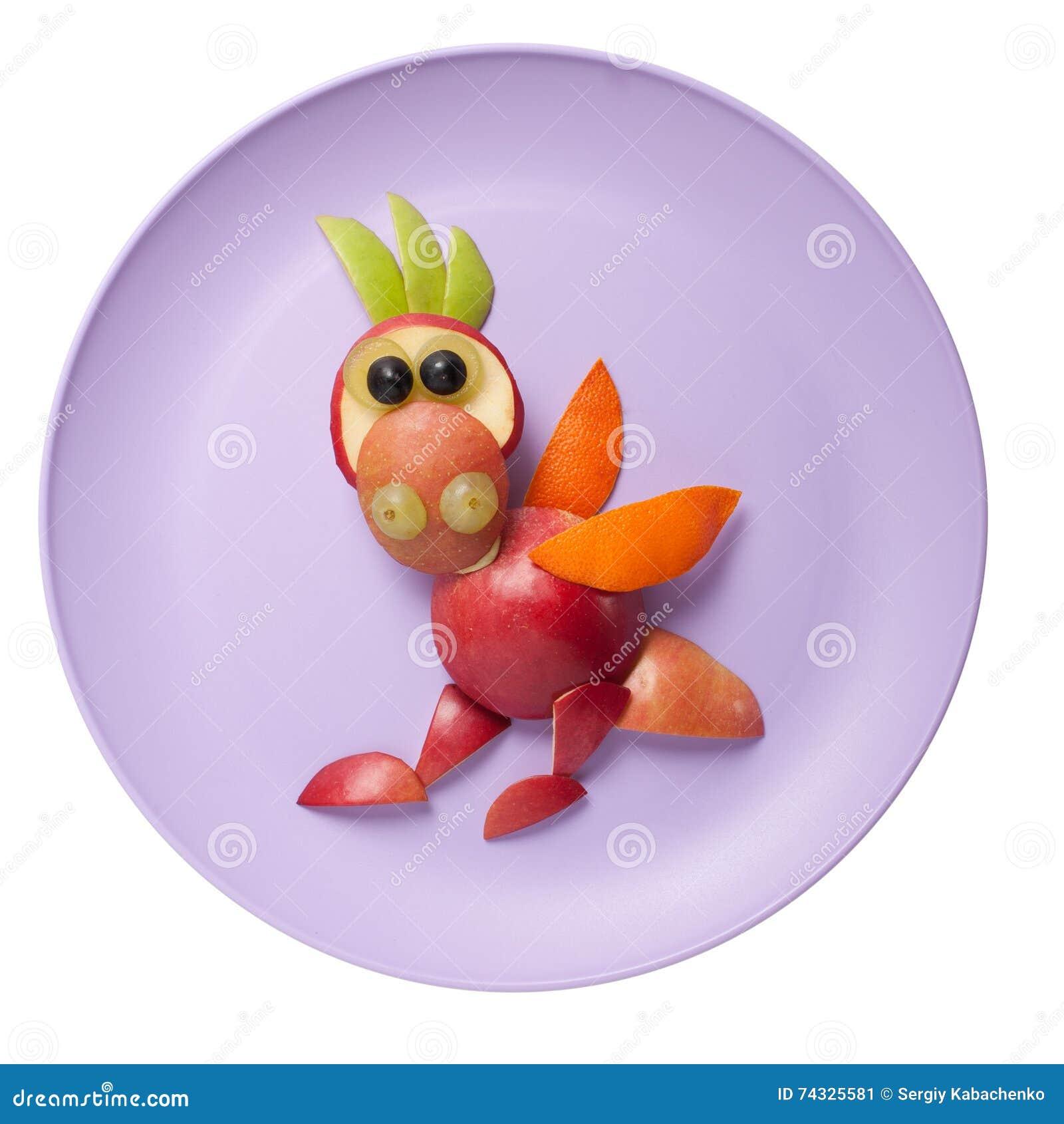 滑稽的龙由果子制成