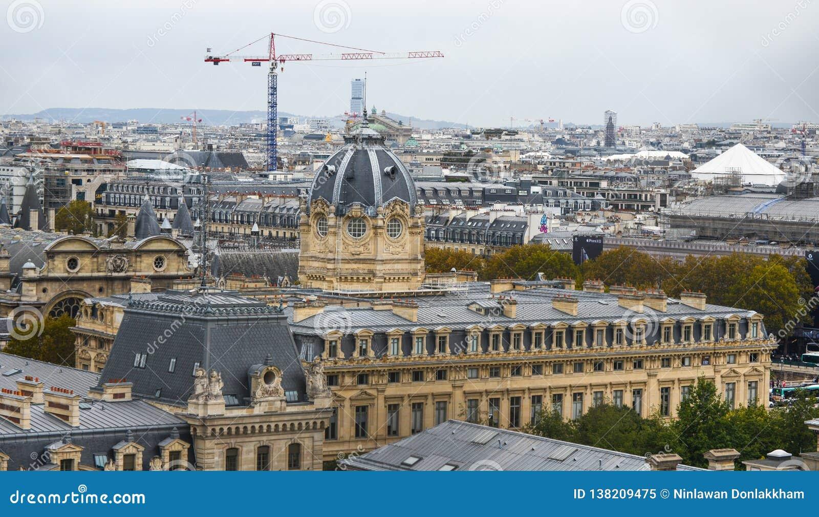 空中法国巴黎视图