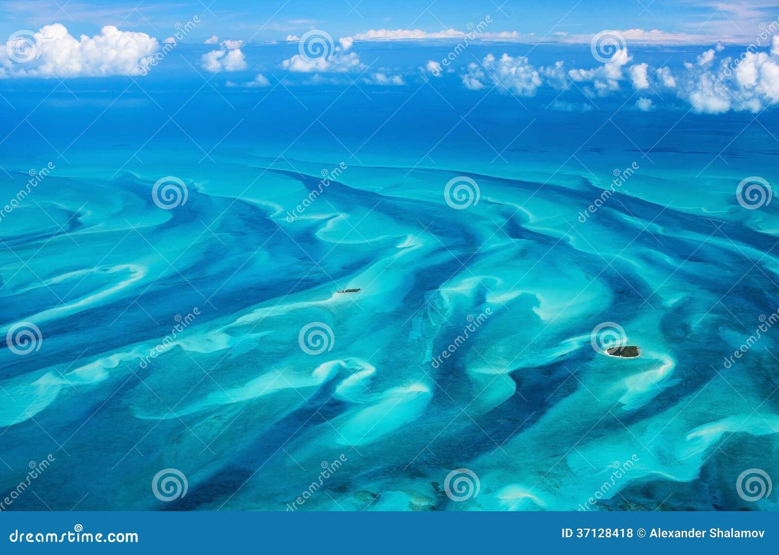 空中的巴哈马