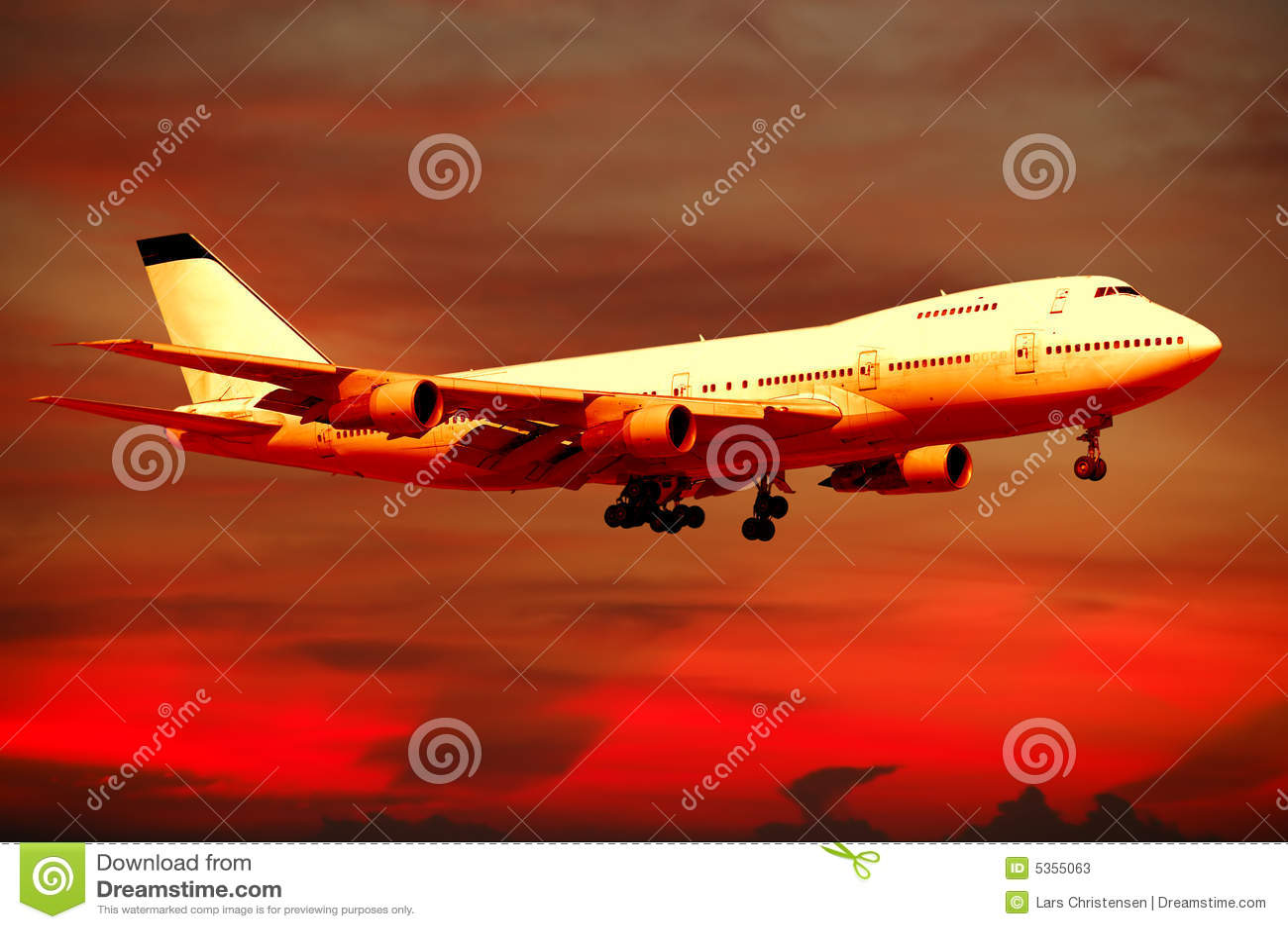 空中飞机日落旅行