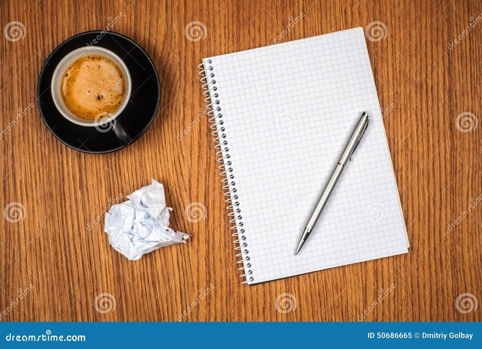 Download 空白的笔记薄和咖啡杯 库存图片. 图片 包括有 浓咖啡, 杯子, 背包, 办公室, 食物, ,并且, 绿色 - 50686665