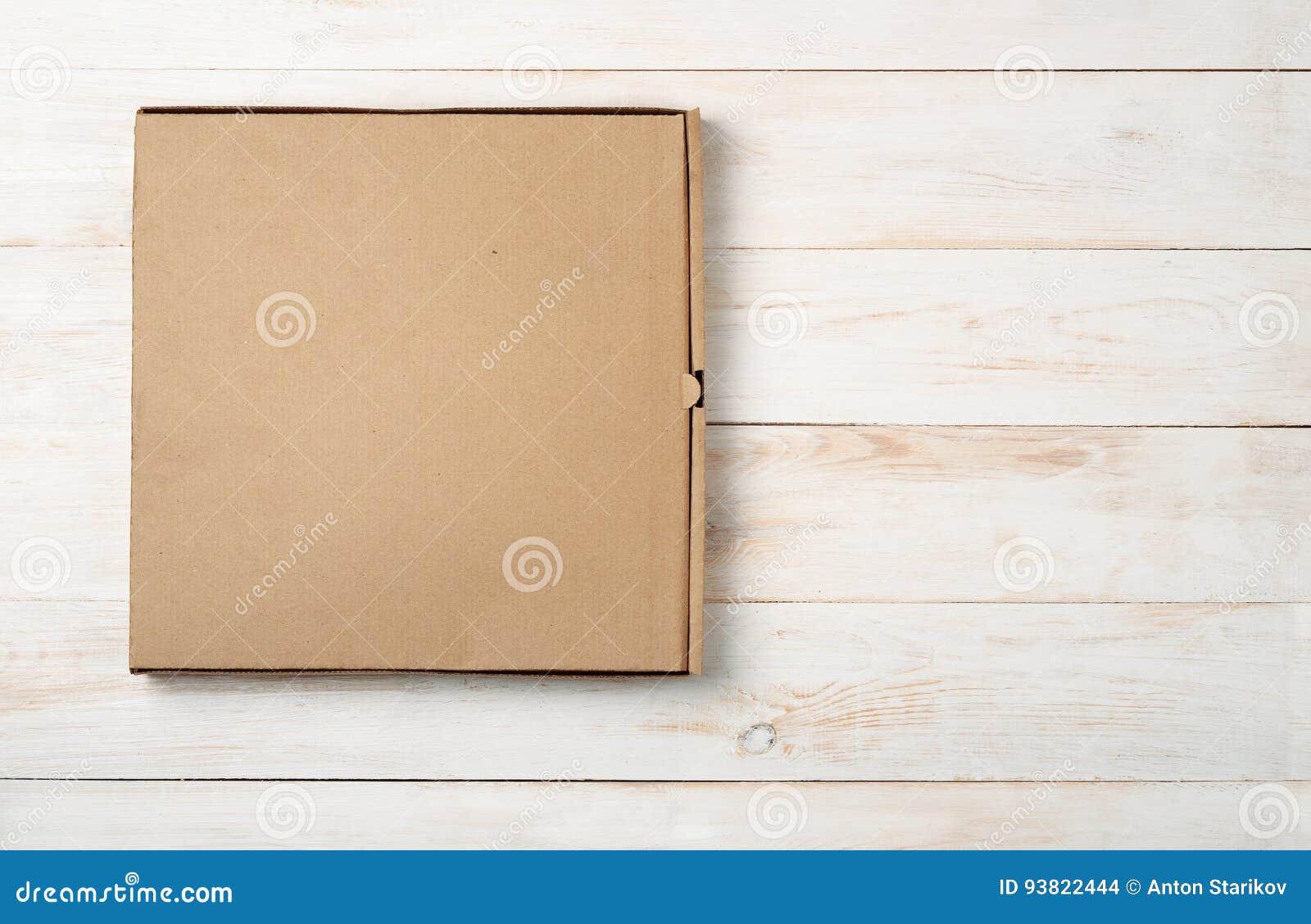 空白的薄饼箱子顶视图